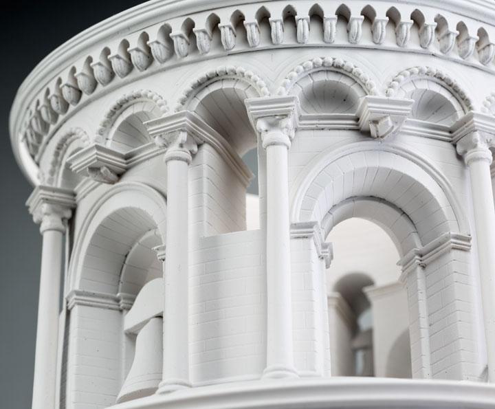 alejandro-delgado-torre-pisa-detalle
