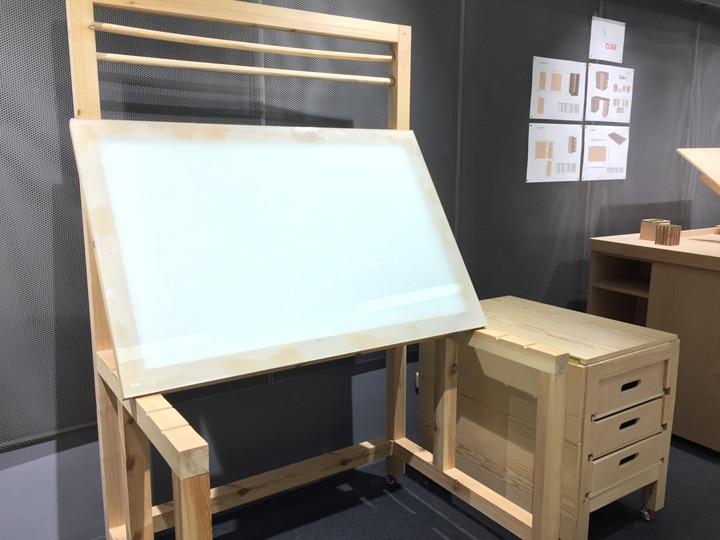 Exposición prototipos de mobiliario para ilustradores