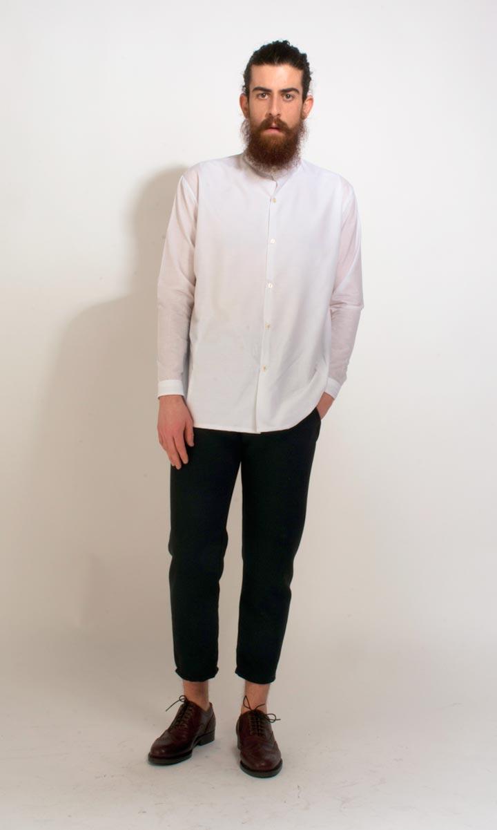 Essential-Basics-por-Adriano-Albarran-proyecto-artediez-camisachico